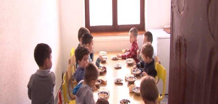 Неизвестан рад кухиња у вртићима у Косовској Каменици