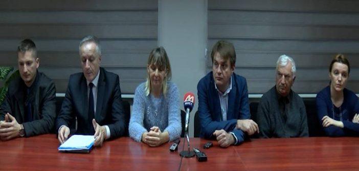 Конференција за новинаре адвоката ухапшених Срба
