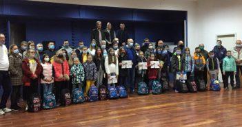 Удружење Покрет ветерана Врања одржало трибину – подељен школски прибор деци чланова